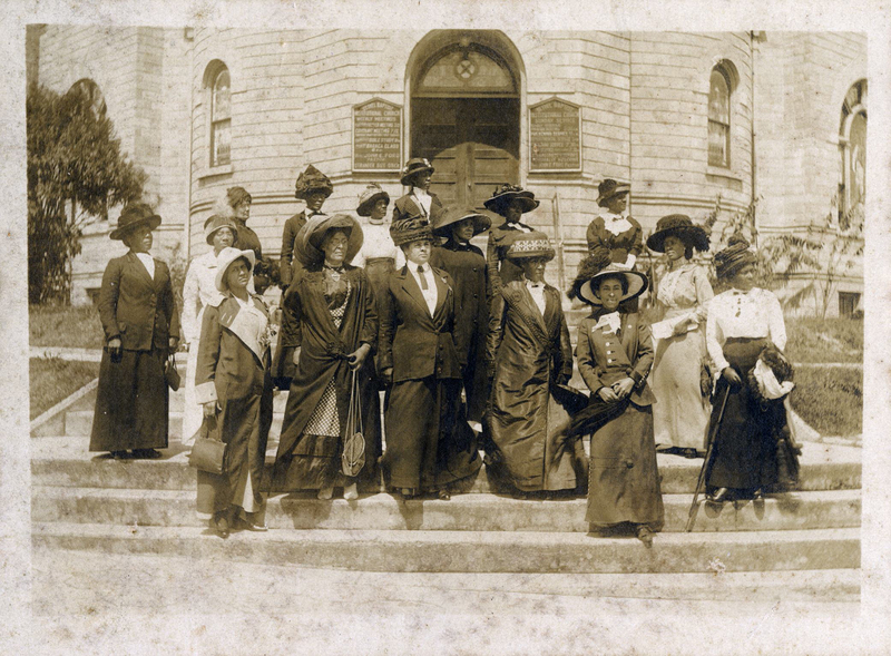 Mrs. Margaret Murray Washington with the Women of City Federation of Colored Women's Clubs